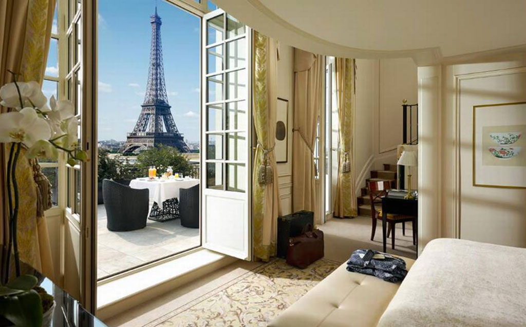 hotel de luxe paris. Black Bedroom Furniture Sets. Home Design Ideas