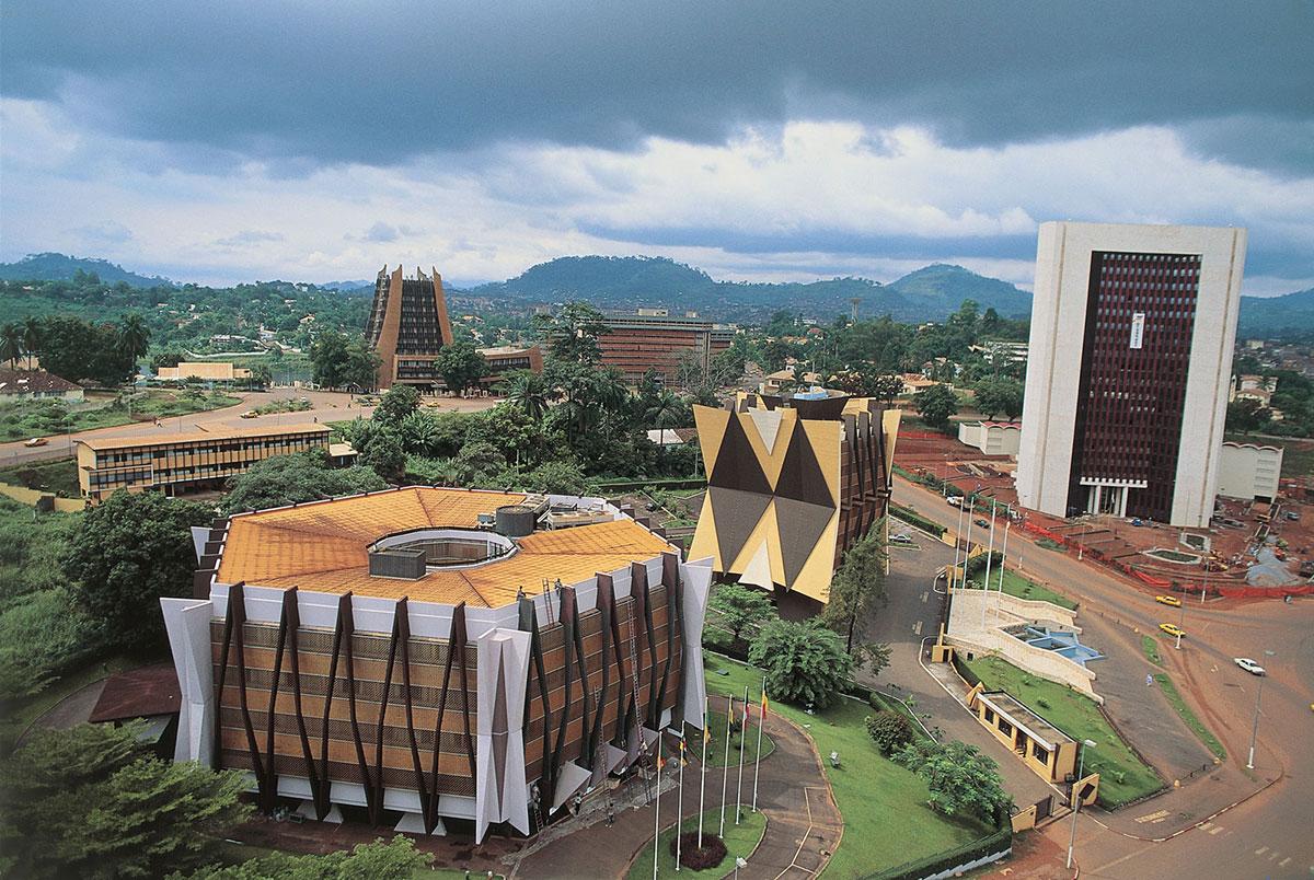 Yaound capitale du cameroun for Design hotel douala