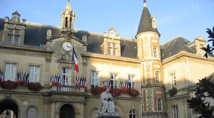 Ecole gendarmerie melun voyages cartes for Departement melun